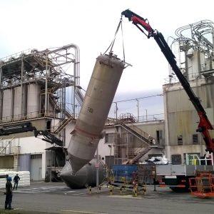 Montaje y traslado de depósitos y silos industriales